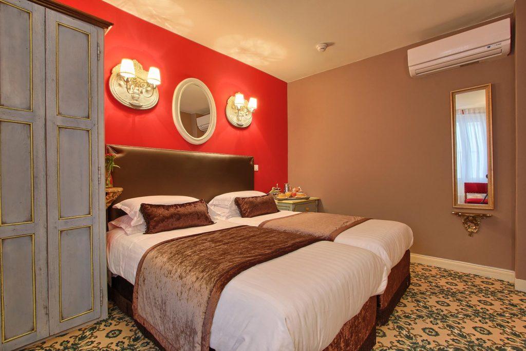 Chambre twin hotel des 2 Continents Paris